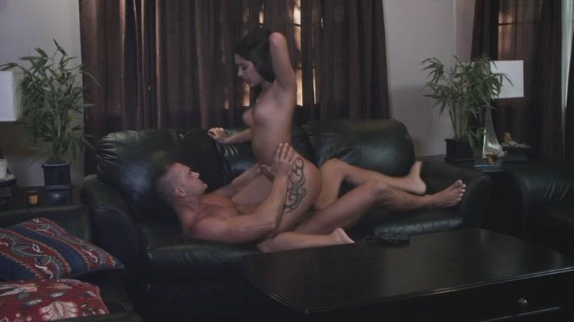 Jesse Jane en su primera escena anal - Pornes