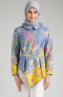 Baju batik muslim wanita trendy nan elegan