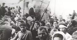 Να δικαιολογήσει την πολιτική των ανοικτών συνόρων του ΣΥΡΙΖΑ για την προσέλκυση του μέγιστου αριθμού παράνομων μεταναστών στην Ελλάδα επιχε...