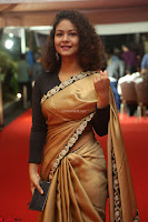 Aditi Myakal look super cute in saree at Mirchi Music Awards South 2017 ~  Exclusive Celebrities Galleries 005.JPG
