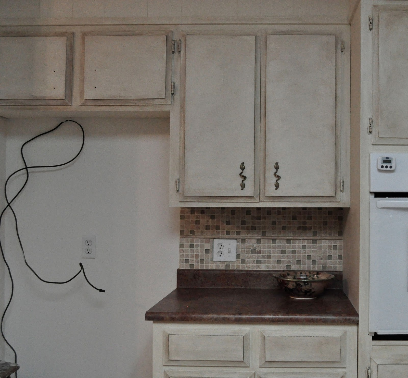 Chalk Painted Kitchen Cabinets 2 Years Later: Heart & SOUL: January 2013