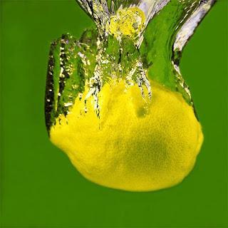 فوائد شرب المويه والليمون لانقاص الوزن
