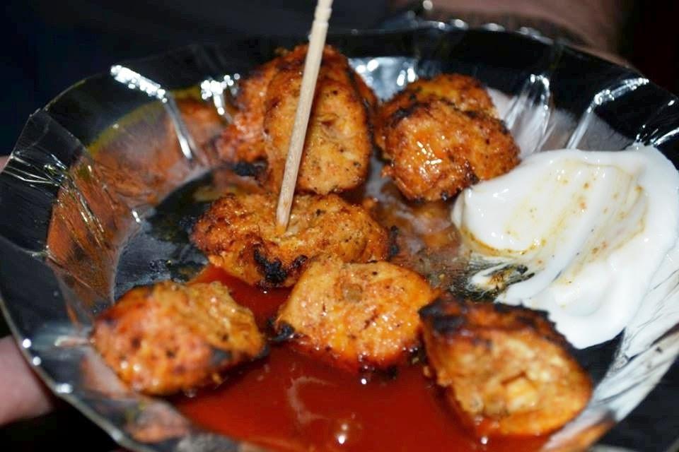 Foodaholix Maama Chicken Seekh Kabab