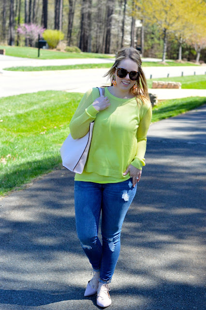 citron-sweater-outfit
