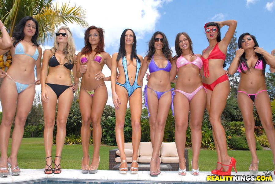 Hot Bikini Babes Reality Kings Bikini Contest-6610