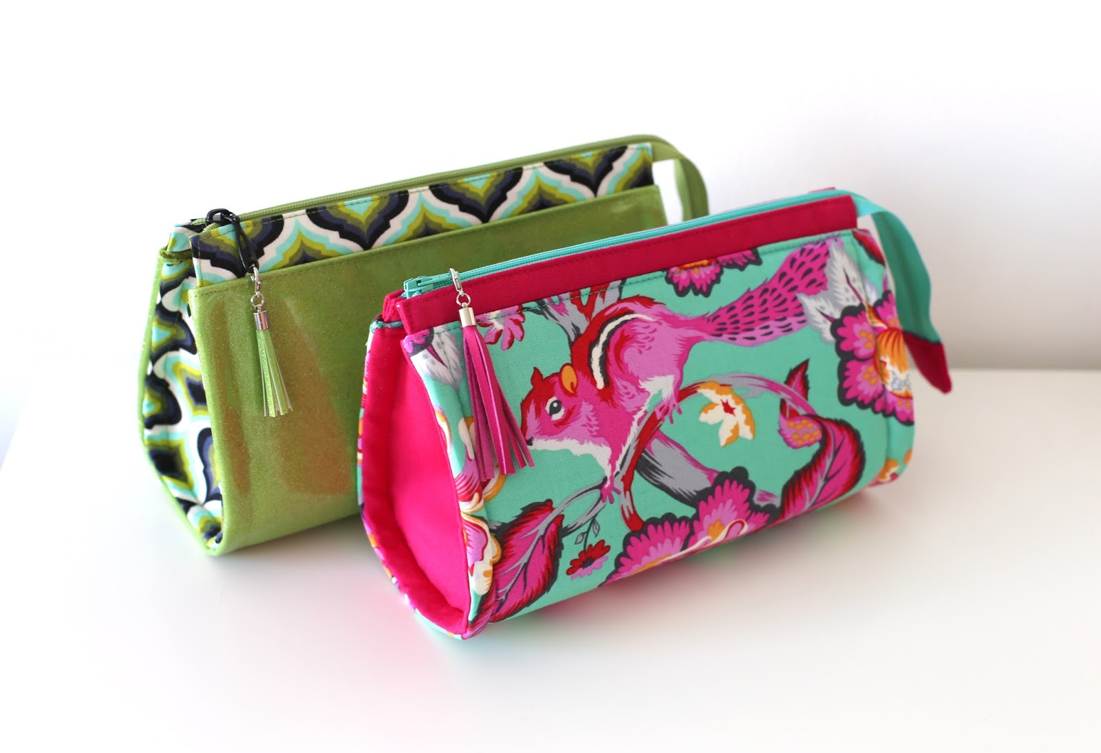 Pink Pony Design: Reno Rounded Makeup Bag - Pattern in the works!
