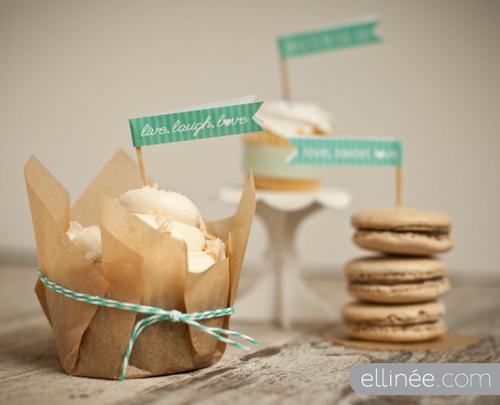 Printable Cupcake Flags from Elinee