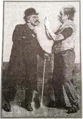 """Чарли Чаплин и Гарри Уэлдон в скетче Карно """"Футбольный матч"""" (1908)"""