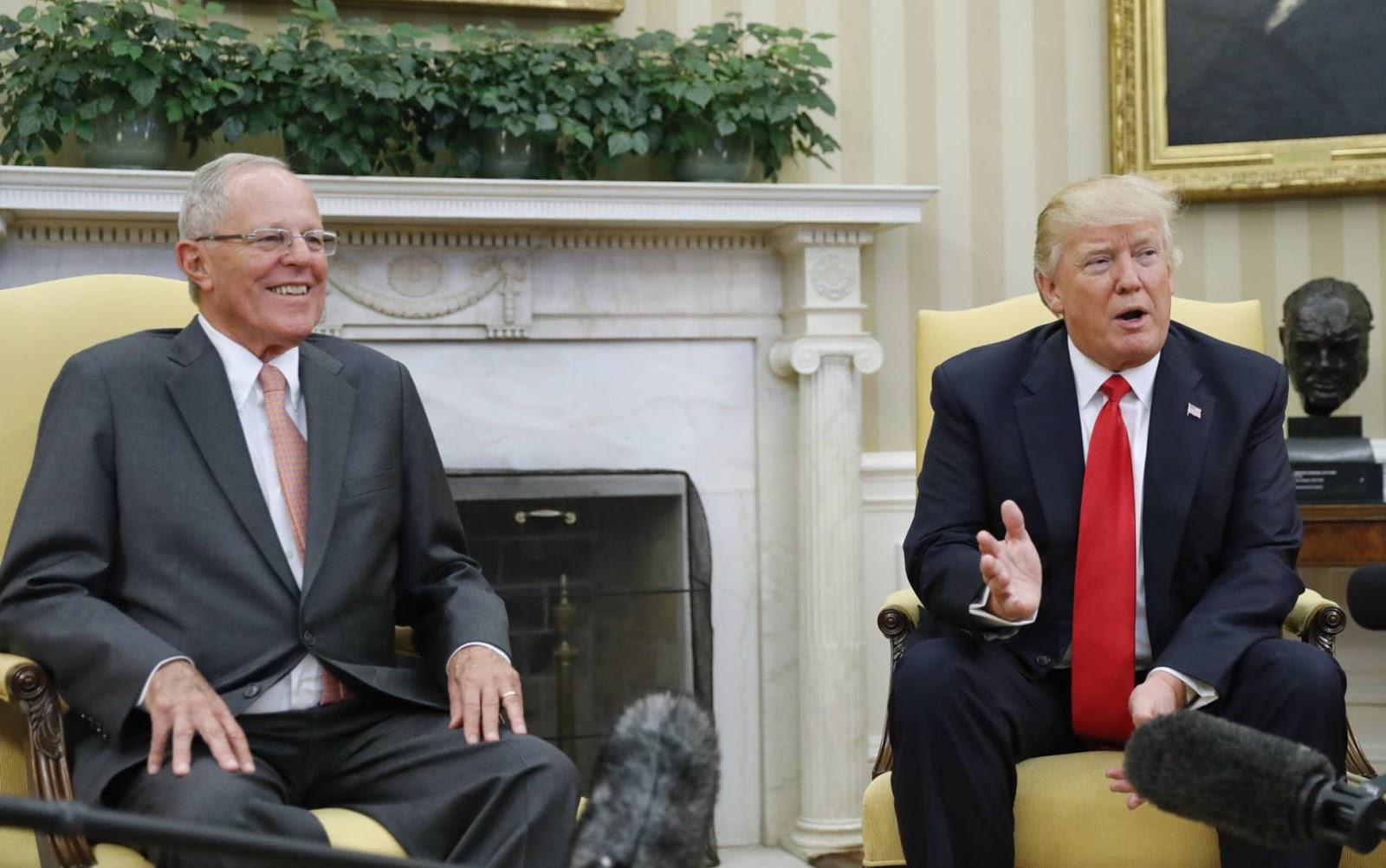 Kuczynski se reunió con Trump en Washington en 2017 / AP