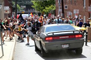 قتيلا، و 19 جريح نتيجة حالة دهس متعمد فى وسط مدينة شارلوتسفيل بولاية فرجينيا