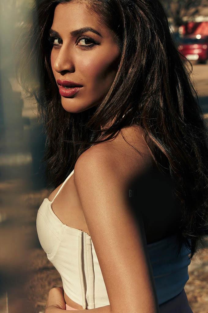 Sophie Choudry Hot Photoshoot