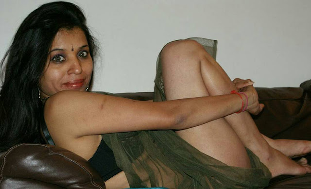 New-Indian-Bhojpuri-Bhabhi-hot-image