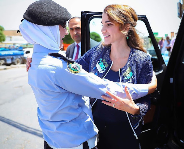 Queen Rania Al Abdullah of Jordan visited Urban Development Charitable Society in Bait Ras village of Irbid city, Queen Rania Style wore deresses Gant Fashions