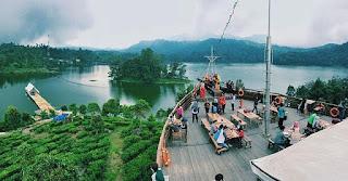 tempat Wisata Di Bandung pinisi