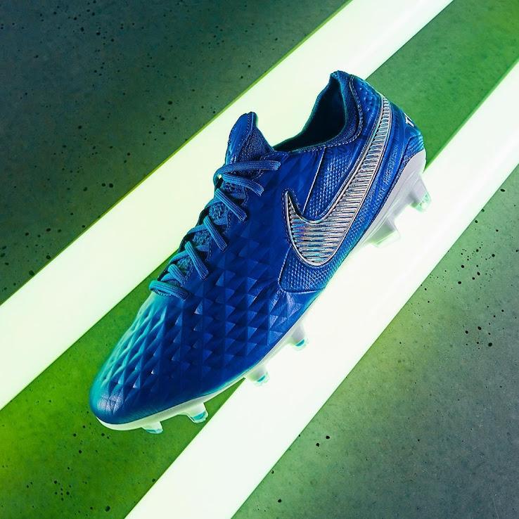 pretty nice 174a4 e7ce7 Next-Gen Nike Tiempo Legend 8 'New Lights' Boots Released ...