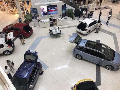 プジョー・シトロエン 特別車両展示イベント