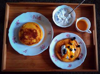 http://cupcakeluvs.blogspot.dk/2016/03/mango-pandekager-mango-pancakes.html