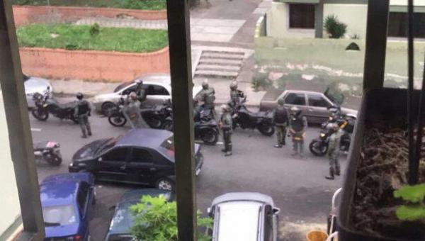 GNB allanó residencias y habría detenido a cinco personas en Los Teques
