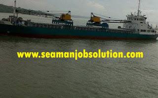 Jobs on cargo vessel