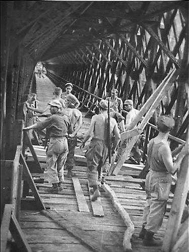 Perbaikan Jembatan Cirahong pada Jaman Belanda