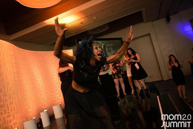 amber_mom2_dancing