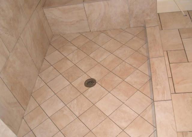 Contoh Motif keramik lantai kamar mandi sederhana