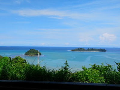 Pantai di Sumatera Barat