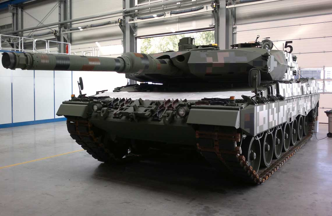 Czech army interested in acquiring Leopard 2A4 tanks in Spain 92