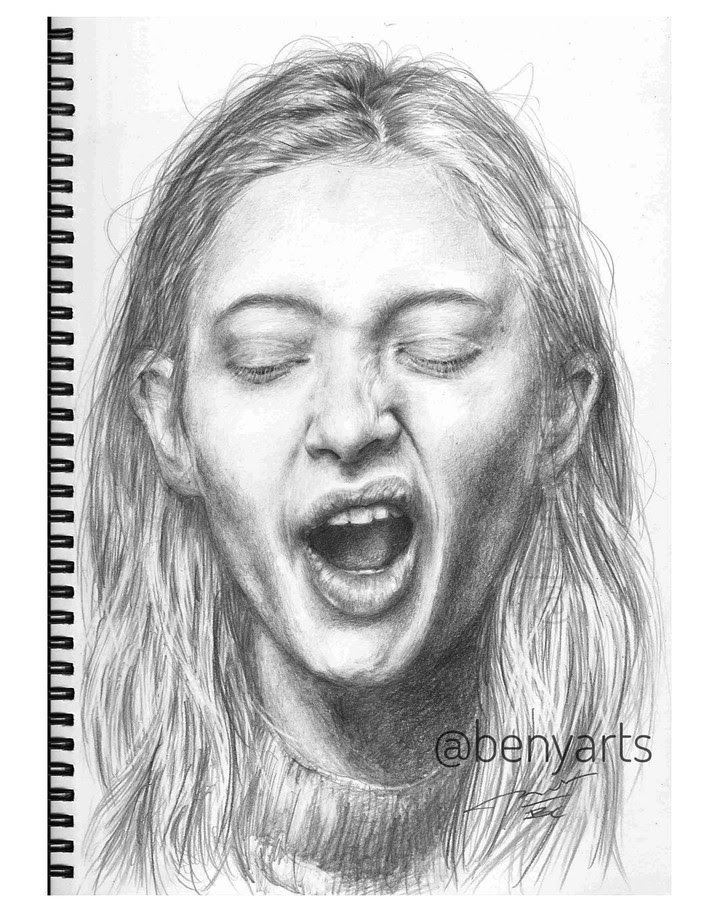 11-Tiered-or-bored-Benyarts-Drawing-Portraits-www-designstack-co