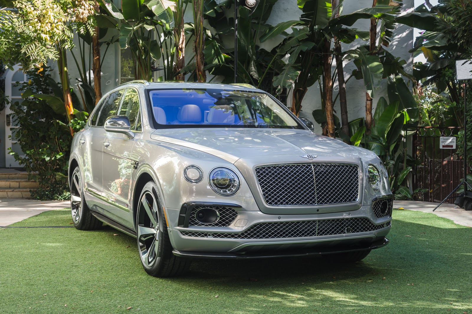 Bentley%2Bdebuts%2BBentayga%2BFirst%2BEdition Ένα SUV για λίγους