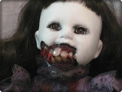 Mistérios das bonecas amaldiçoadas