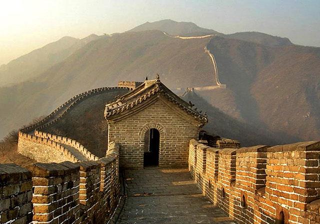 Tembok Besar Adalah Bangunan Terbesar yang Pernah Dibangun Oleh Manusia