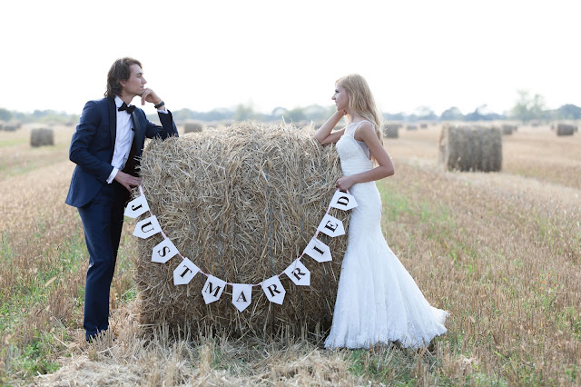 Rustic Weddings Photography Shoot- Supplies and Decorations-Ideas For Rustic Weddings