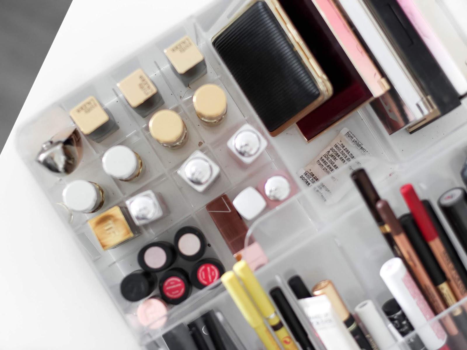 může se kosmetika zkazit?