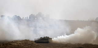 Israeli Tanks Attack Syrian Army Post Over Errant Mortar Fire Two days after Israeli warplanes carried out attacks against Syrian air defenses, Israeli tanks