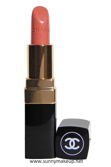 Chanel - Rouge Coco. Il rossetto nella colorazione 402 Adrienne.