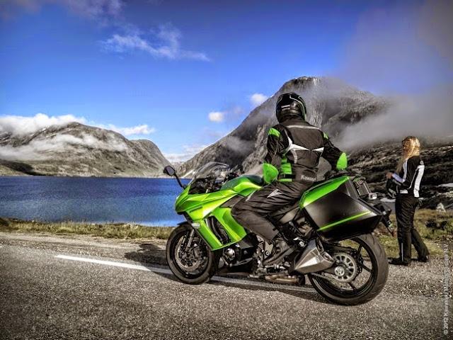 Kawasaki Z1000SX 2014 Di Lancarkan - Di Kemaskini Lebih Hebat
