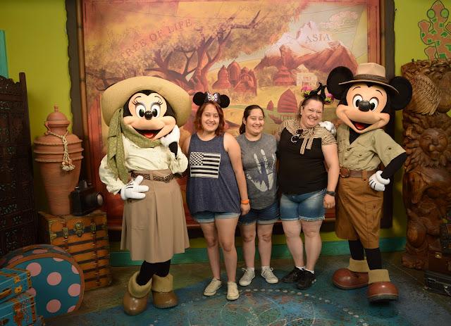 Mickey e Minnie no Animal Kingdom