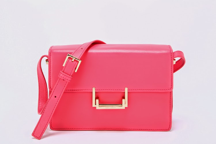 bolso de diseño rosa