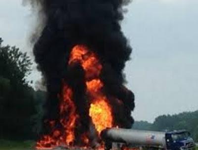 fuel tanker explosion kills 4 lagos ibadan