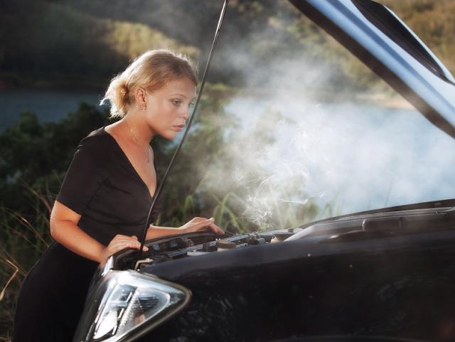 Hasil Telusur Cara Mengatasi Mesin Mobil Overheat di Perjalanan