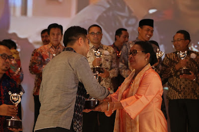Bupati Trenggalek Raih Penghargaan APE Tahun 2016