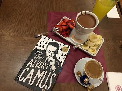 fondü, kağıt salıncak, kahve, kitap, yorum