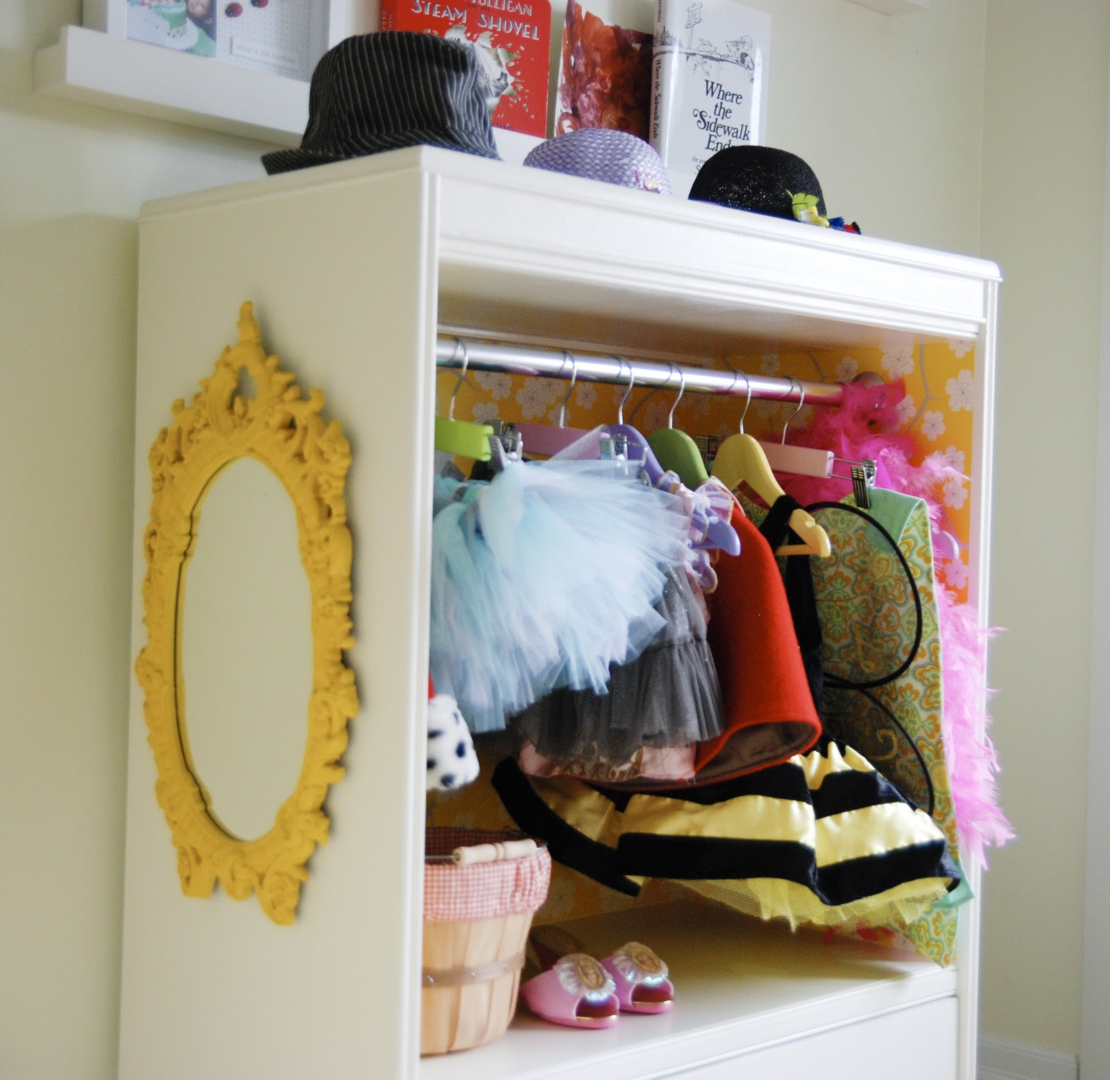 kids dress up closet, dress up clothes storage, diy dress up closet, girls dress up