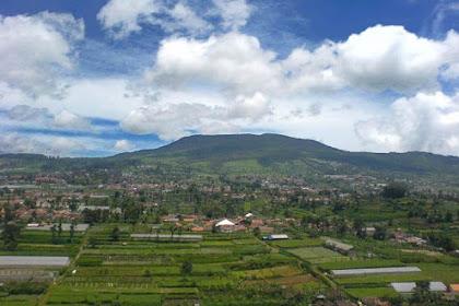 7 Gunung di Bandung yang Memiliki Pemandangan Indah
