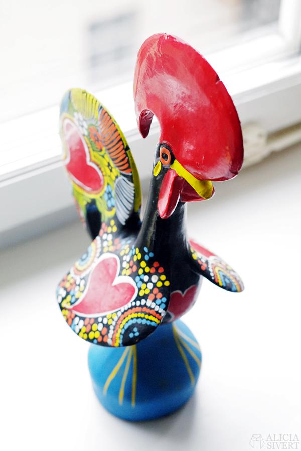 alicia sivert alicia sivertsson aliciasivert påsk påskpynt påskris pynt vår vårpynt prydnad Portugisisk tupp prydnader pynta göra fint hemma begagnat loppis myrorna återbruk tradera kyckling höna höns tupp tuppar easter spring second hand thrifted