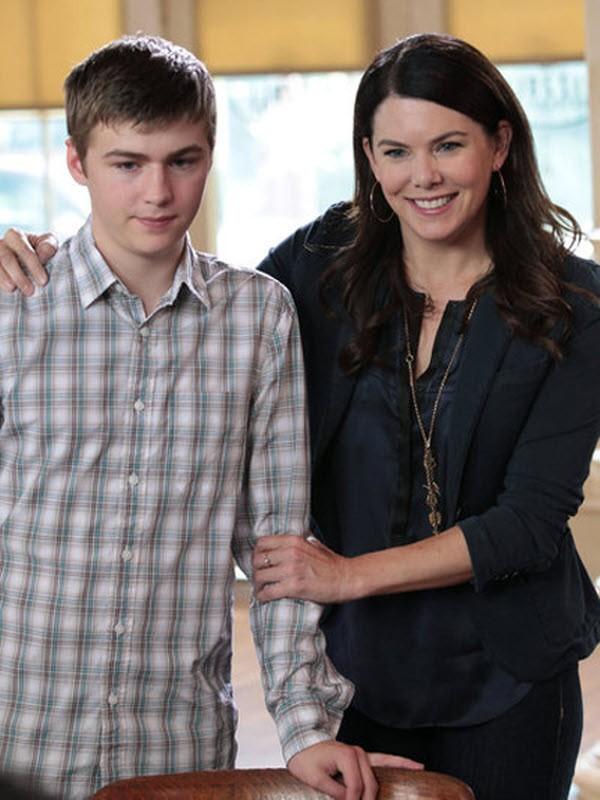 Parenthood - Season 4 Episode 02: Left Field