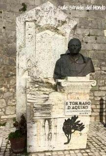 Statua San Tommaso D'Aquino