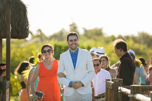 casamento no club med trancoso destination wedding na praia, roupa do noivo, mãe do noivo
