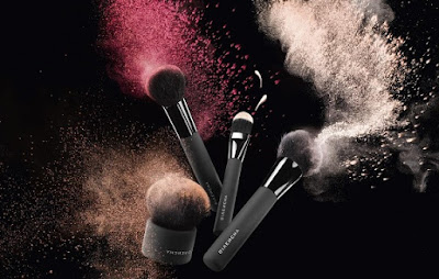 The Powder Brush